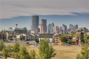910 Drury AV NE, Calgary