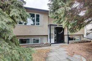 143 HUNTRIDGE RD NE, Calgary