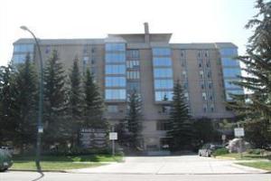 #501 4603 VARSITY DR NW, Calgary