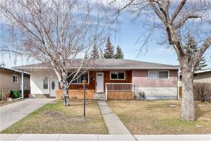 915 16 ST NE, Calgary