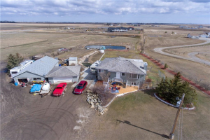 235226 RGE RD 275A  , Chestermere