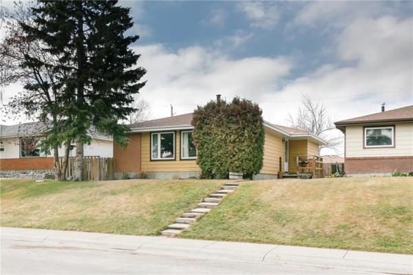 3021 DOVER RD SE, Calgary