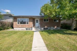 1340 PENNSBURG RD SE, Calgary