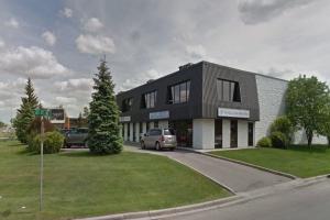 2215 27 AV NE, Calgary