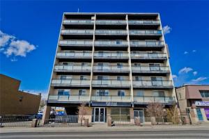 #801 1022 16 AV NW, Calgary