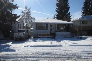 613 17 AV NE, Calgary
