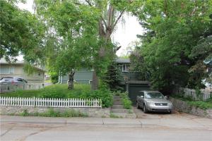 104 41 AV SW, Calgary