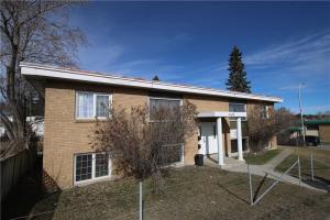 4415 CENTRE ST NW, Calgary