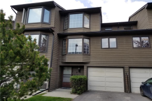 #18 23 GLAMIS DR SW, Calgary