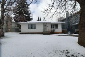 3212 28 AV SW, Calgary