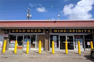 1336 16 AV NW, Calgary
