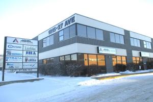#4 1815 27 AV NE, Calgary