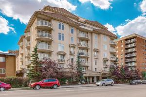 #202 1315 12 AV SW, Calgary