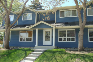 563 Queenston GD SE, Calgary