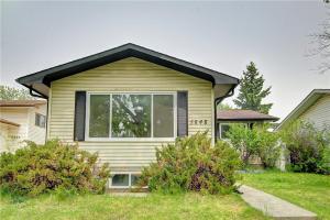 5848 RUNDLEHORN DR NE, Calgary