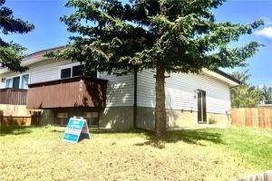 436 PINEHILL RD NE, Calgary