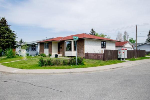 180 MAITLAND DR NE, Calgary