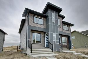 740 LIVINGSTON HL NE, Calgary