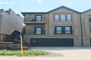 2029 20 AV SW, Calgary
