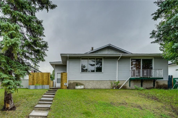 624 MARLBOROUGH WY NE, Calgary