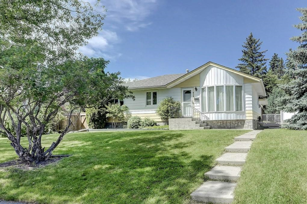 616 THORNDALE RD NW, Calgary