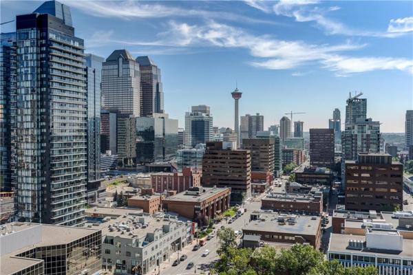 #1804 788 12 AV SW, Calgary