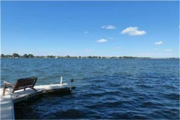 837 EAST CHESTERMERE DR , Chestermere