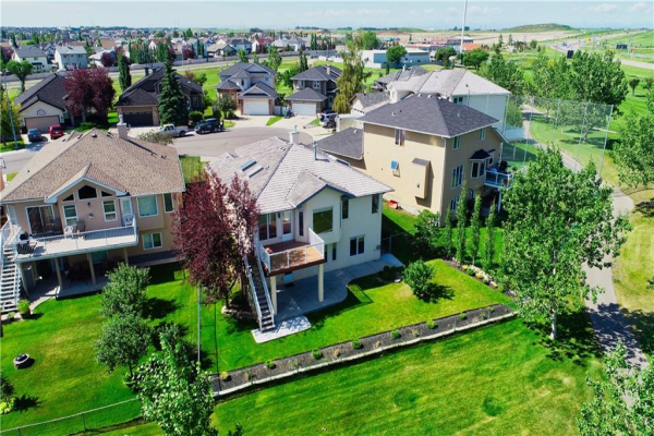 443 LAKESIDE GREENS CO , Chestermere
