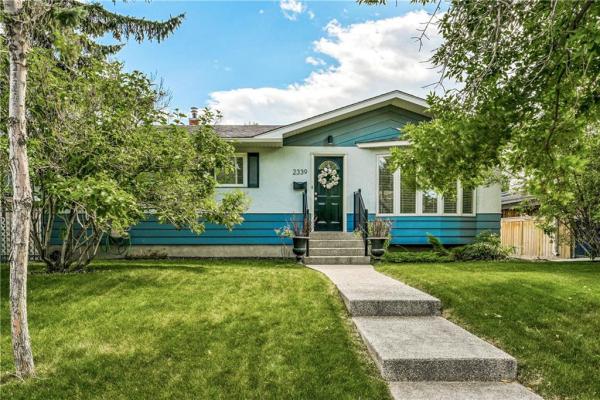 2339 54 AV SW, Calgary