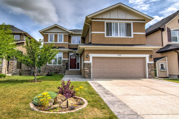 201 Aspenmere CL, Chestermere