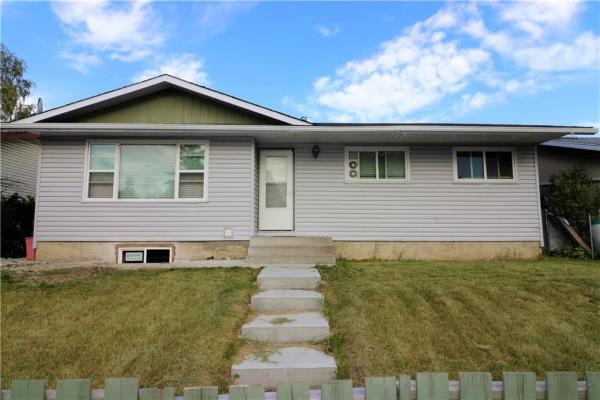 416 PENSWOOD RD SE, Calgary