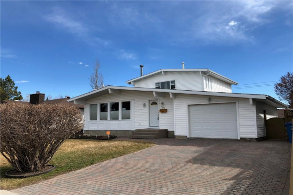 319 Cedarille CR SW, Calgary