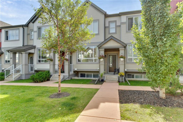 68 COPPERPOND CL SE, Calgary