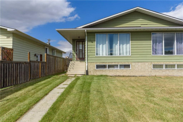 110 DOVERTREE PL SE, Calgary