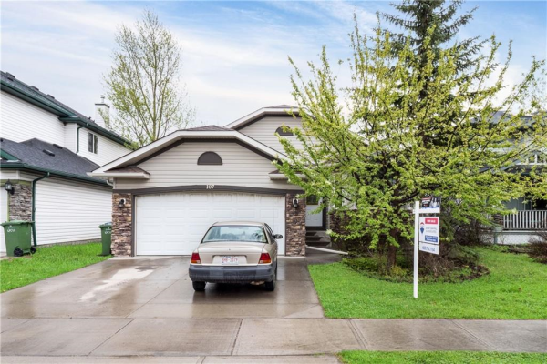 107 WEST LAKEVIEW PS , Chestermere