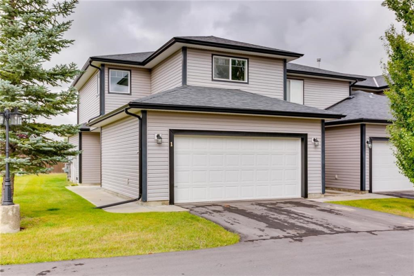 #1 102 CANOE SQ SW, Airdrie