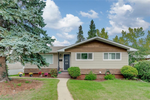 2356 CHICOUTIMI DR NW, Calgary