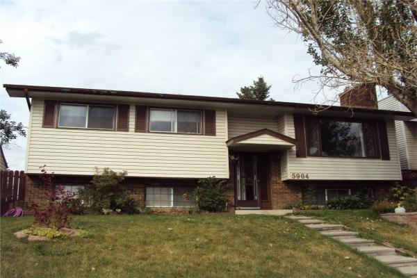 5904 18 AV NE, Calgary