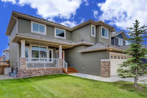 845 FAIRWAYS GR NW, Airdrie