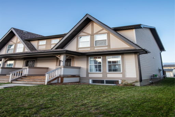 38 ELGIN MEADOWS GD SE, Calgary