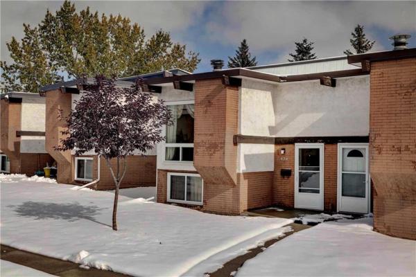 424 PINEMONT GA NE, Calgary