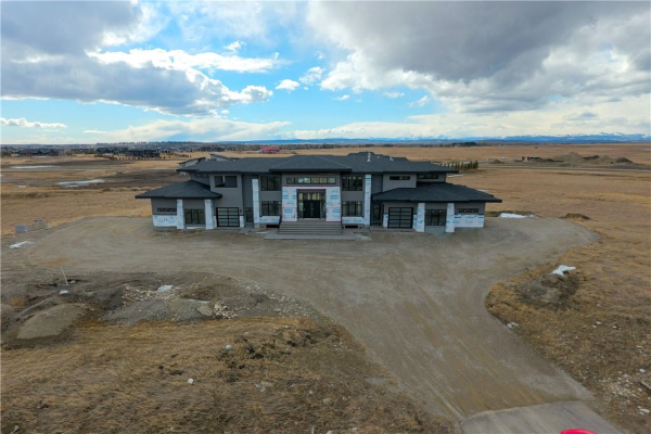 31081 WINDHORSE DR, Rural Rocky View County