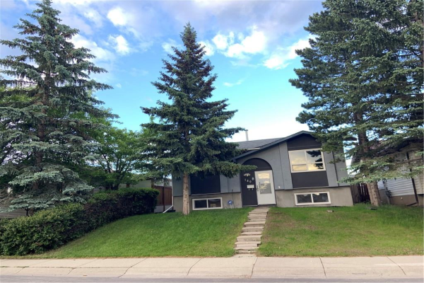 140 FALCHURCH RD NE, Calgary