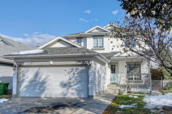 131 WEST LAKEVIEW PS , Chestermere