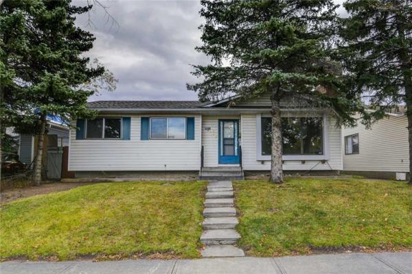 368 WHITEVIEW RD NE, Calgary