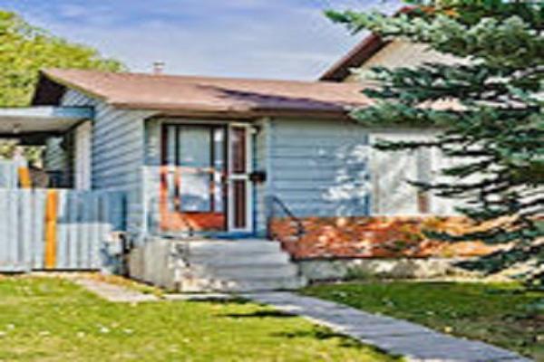 22 WOODMONT WY SW, Calgary