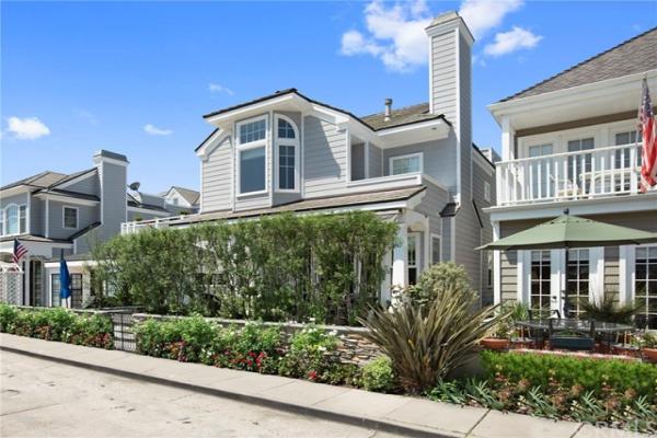 Sapphire Avenue, Newport Beach