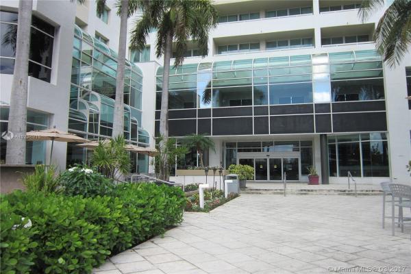2670 E Sunrise Blvd, Fort Lauderdale