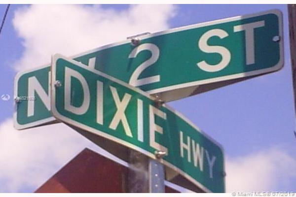 137 N Dixie Hwy, Hallandale