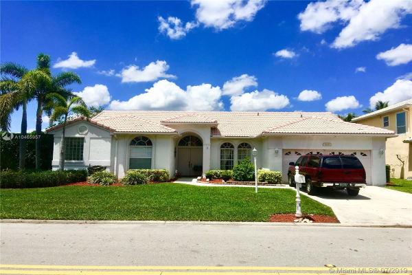 9251 NW 42nd Ct, Coral Springs